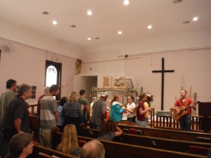 Worship at the Haywood Street Congregation. Photo credit: Nicholas Laccetti.